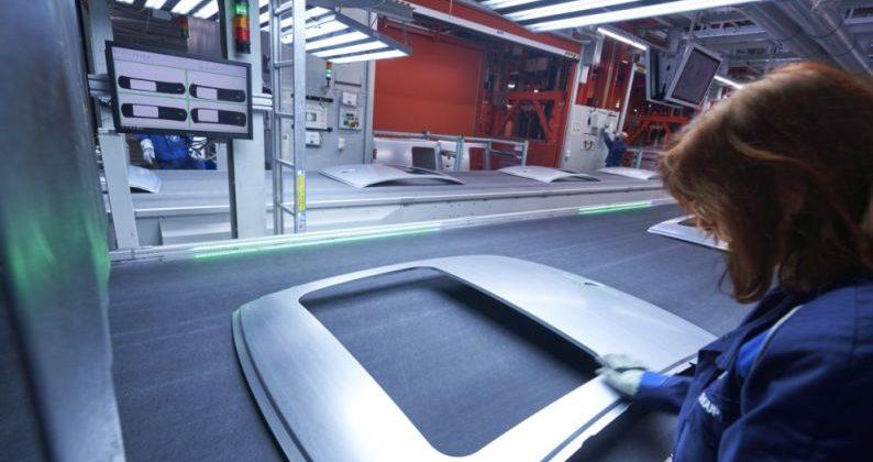 Qualitätsprüfung mit iQ Press, Presswerk, BMW Group Werk München
