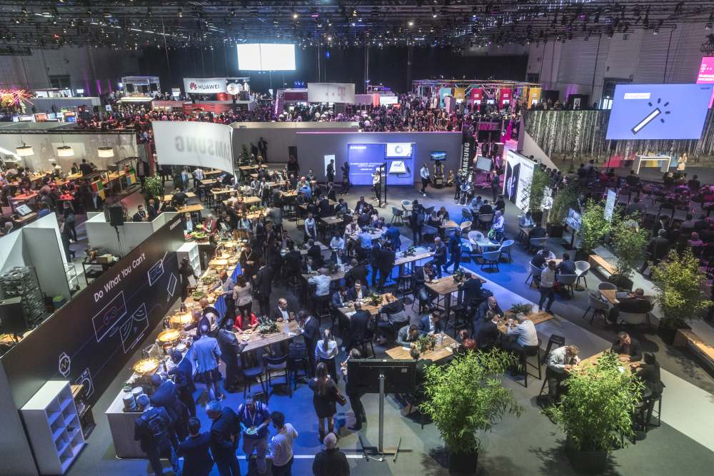 Mehr als 70.000 Entscheider aus Wirtschaft, Gesellschaft und Politik besuchten 2018 und 2019 Veranstaltungen der DIGITAL X.