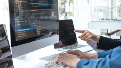 Webentwickkler vor Code