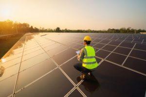 Solaranlage mit Ingenieur