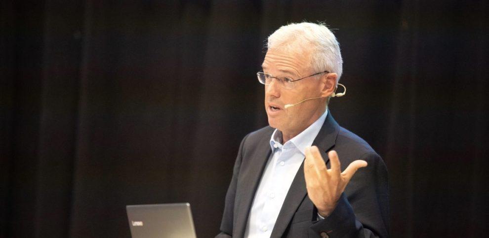 Dr. Holger Schmidt über B2B-Plattformen.