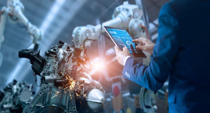 Kuenstliche intelligenz roboter tablet
