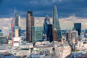 Nach Ansichten von Analysten durchläuft die britische Wirtschaft aktuell die Ruhe vor dem Sturm. Foto: peresanz / fotolia.