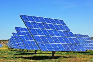 Fraunhofer-Studie Photovoltaik Onshore-Wind