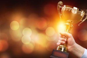 Deloitte, Wirtschaftswoche, Credit Suisse und der BDI haben den Axia Best Managed Companies Award 2020 vergeben. BillionPhotos.com