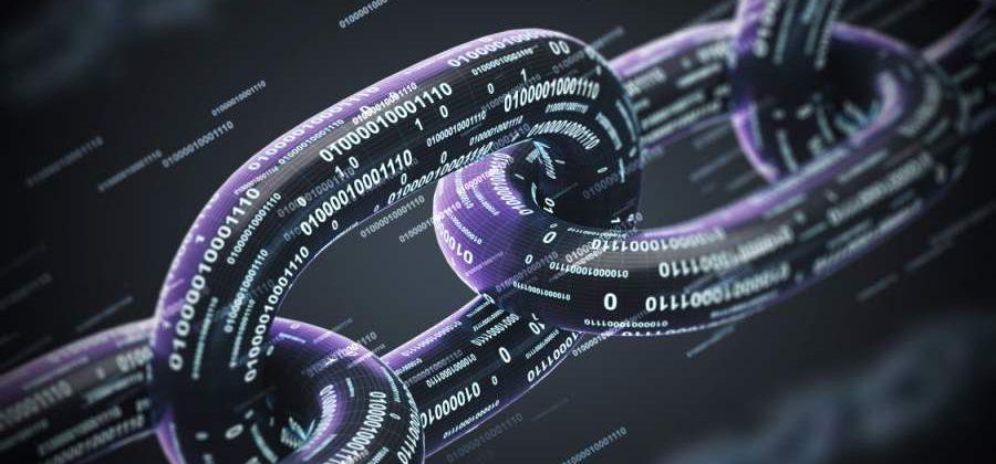 Blockchain Bitkom denisismagilov Adobe Stock