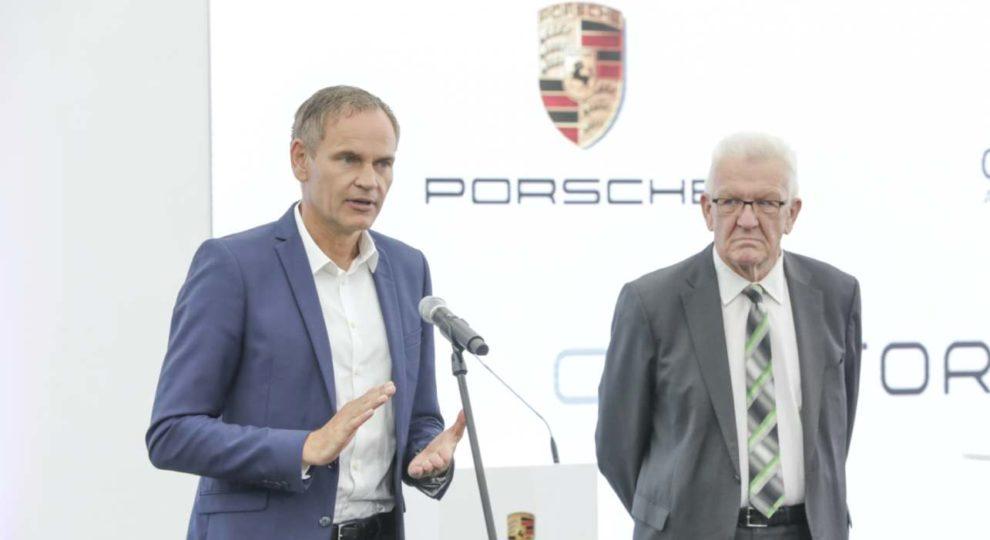 Oliver Blume, Vorstandsvorsitzender der Porsche AG und Winfried Kretschmann, MP von Baden-Württemberg