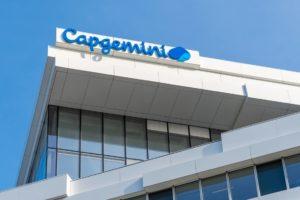 Capgemini Gebäude in Frankreich. Firma hat Partnerschaft mit Dassault Systèmes bekannt gegeben.