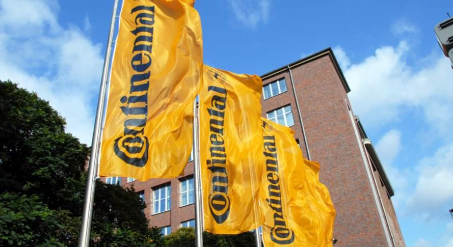 Flaggen von Continental. Der Konzern richtet sich neu aus
