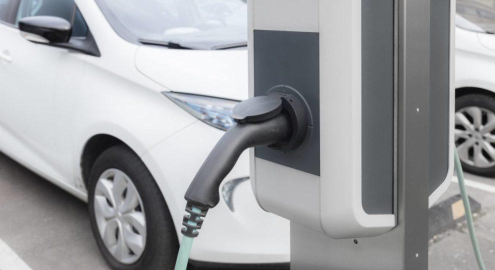 Automobilzulieferer bauen ein Elektromobilitätsgeschäft auf