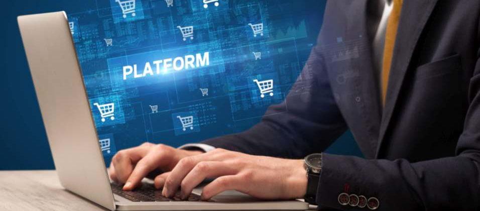 Über eine E-Commerce-Plattform können Kunden individualisierte Produkte beziehen.