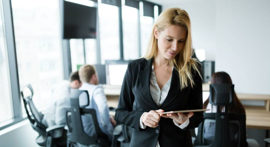 Frauen Vorstand Führungsposition DAX