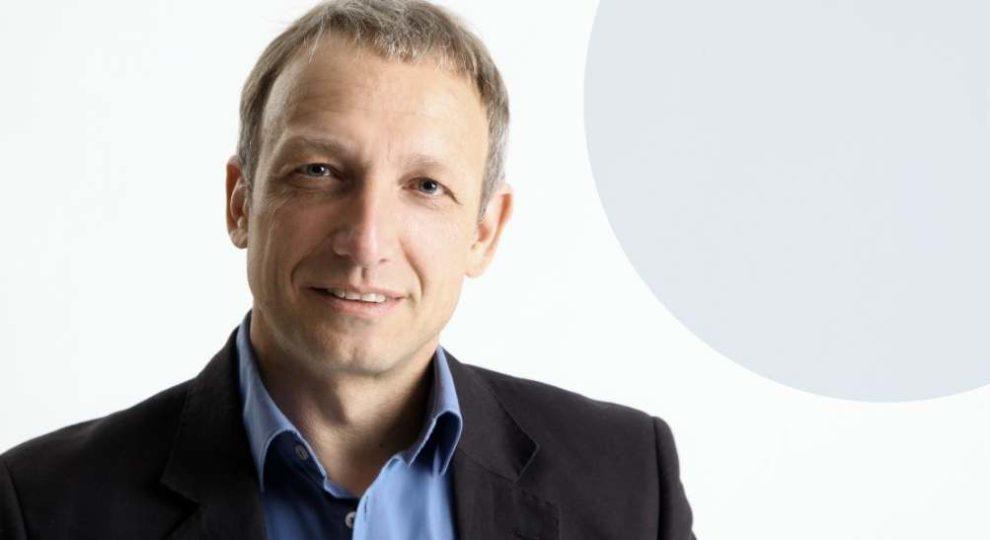 """Porträtfoto Prof. Harald Kuhn, Institutsleiter Fraunhofer ENAS und Professor """"Smart Systems Integration"""" TU Chemnitz"""