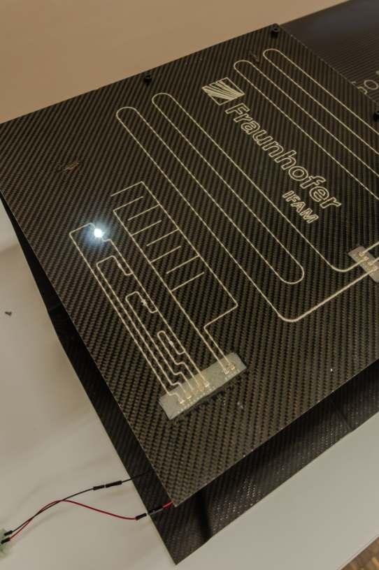 Smart Wing: Integration von Smart Systems in Leichtbau-Verbundwerkstoffe. Bild: Fraunhofer IFAM