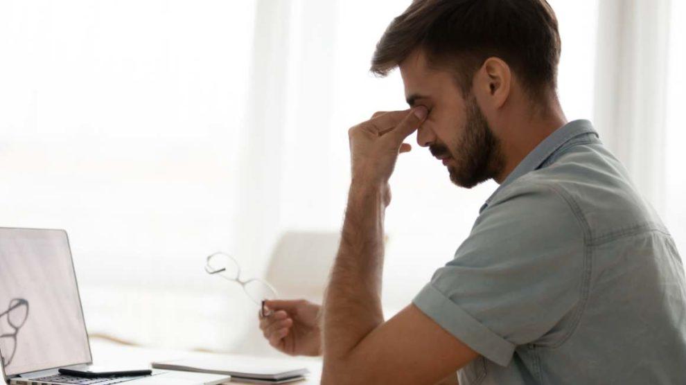 Homeoffice belastet Arbeitnehmer, zeigt Studie von YoungCapital