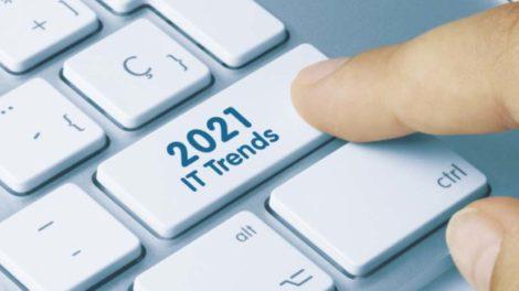 Tastatur, auf der IT-Trends 2021 steht. Riverbed nennt drei Trends 2021.
