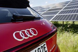 Mit 2nd-Life-Batterien von Audi will EnBW Strom aus PV- und Windparks speichern. Bild: EnBW/ARTIS-Daniel Maurer