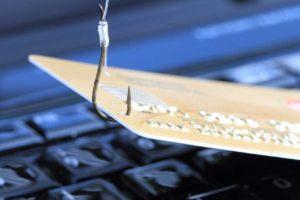 Ein Großteil der Unternehmen hat im Daten-Diebstahl die größte Gefahr ausgemacht. Bild: Maho/Adobe Stock