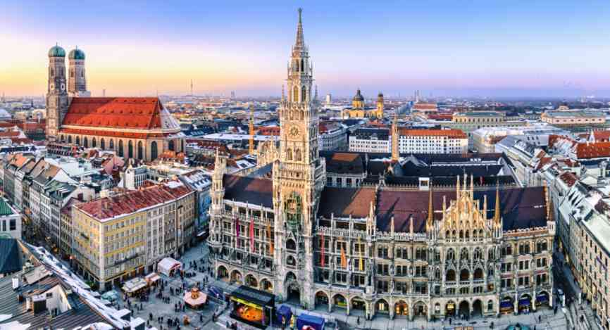 IAA VDA München Stadtpanorama Mapics Adobe Stock