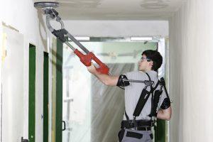 Ein Exoskelett entlastet das Muskel-Skelett-System