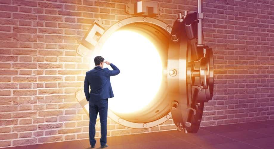 Die Tresore sind weiterhin gut gefüllt: Der Gesamtwert der 100 wertvollsten Unternehmen der Welt steigt BIld: Elnur/stock.adobe.com