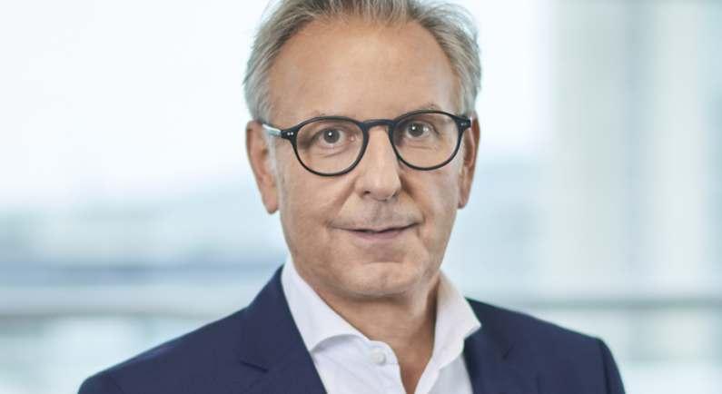 Stefan Buchner, derzeit Leiter Mercedes-Benz Lkw, geht in den Ruhestand