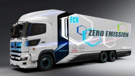 Hohe Ladekapazität und rund 600 Kilometer Reichweite: Der Brennstoffzellen-Lkw von Toyota und Hino Motors. Bild: Toyota