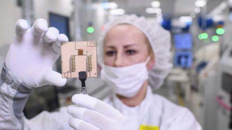 Vitesco Technologies kooperiert mit Rohm auf dem Gebiet der SiC-Technologie