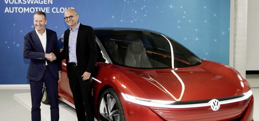 Dr. Herbert Diess, CEO der Volkswagen AG mit Satya Nadella, CEO von Microsoft.
