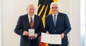 Wolfgang Wahlster Frank-Walter Steinmeier DFKI Bundesverdienstkreuz